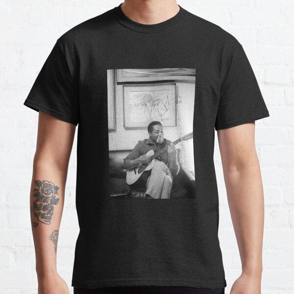 Sam Cooke Playing Guitar Classic T-Shirt