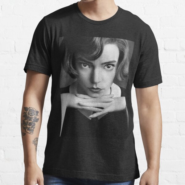 The Queen's Gambit anya taylor Essential T-Shirt
