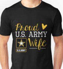 Proud U.S. Army Wife Unisex T-Shirt