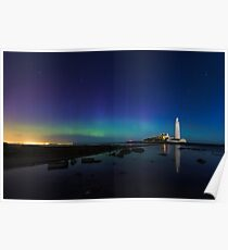 Northern lights at the lighthouse Poster