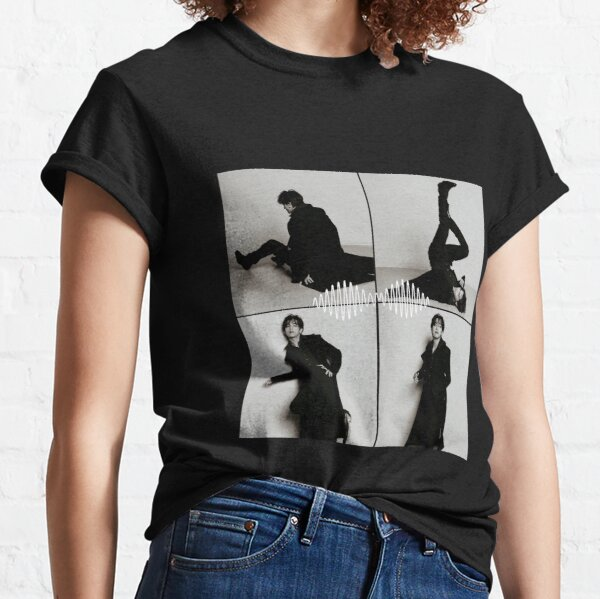 Bts Taehyung black and white Vcut aesthetic  Classic T-Shirt