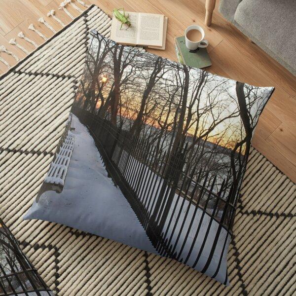 Snow Floor Pillow