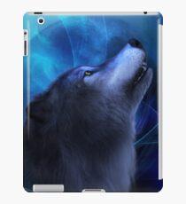 Blauer wolf iPad-Hülle & Klebefolie