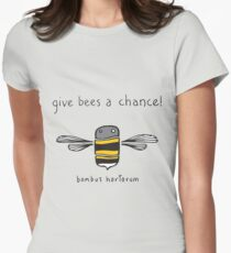 Give bees a chance! Women's Fitted T-Shirt