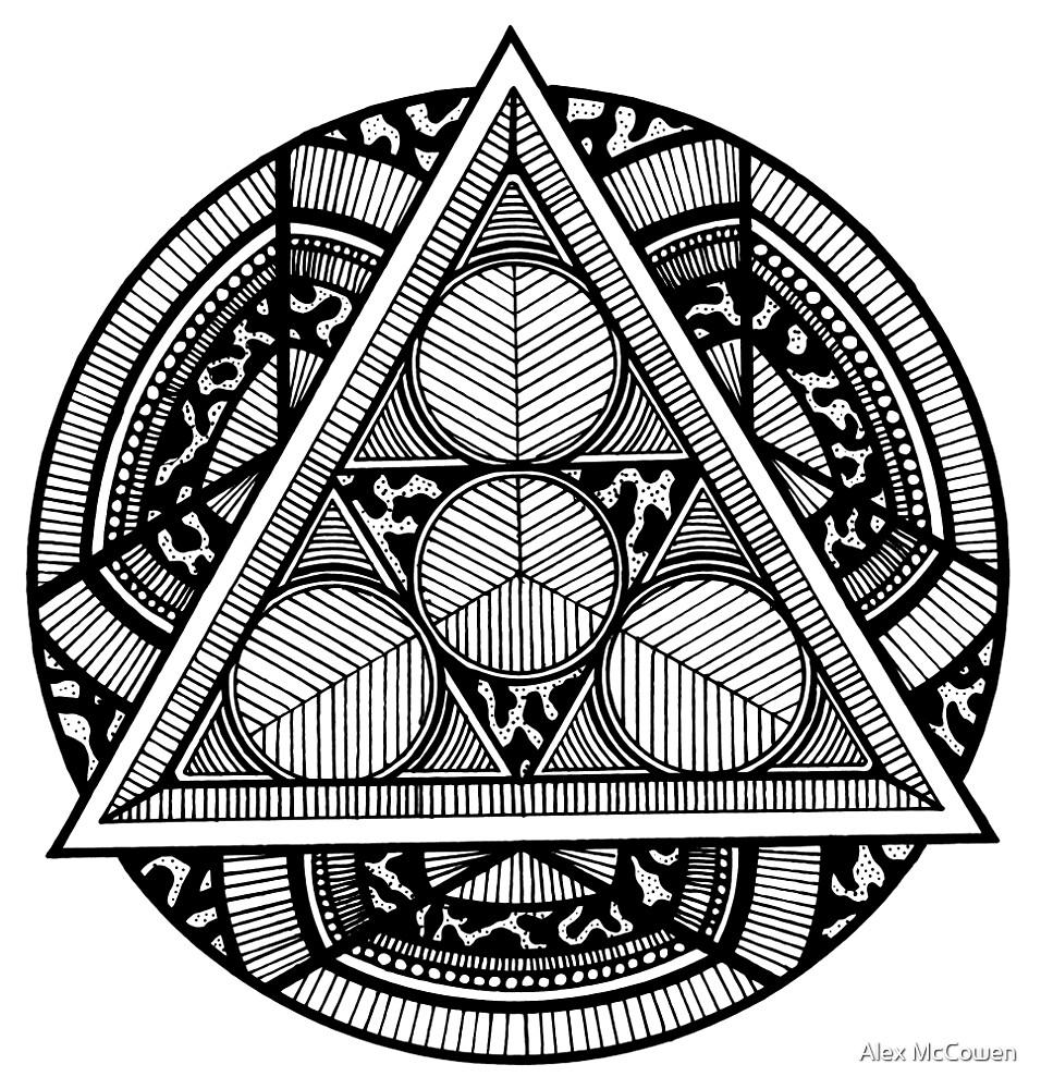 55fad8a657f24 Hand-Drawn Triangle Mandala