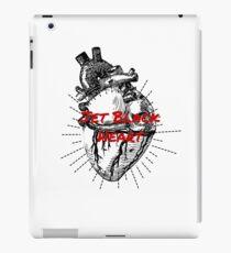 Jet Black Herz iPad-Hülle & Klebefolie