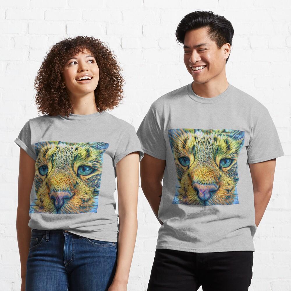 #DeepDreamed Cat Classic T-Shirt