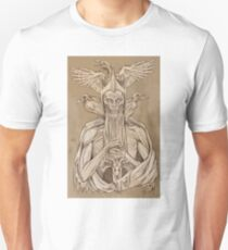 grayscale image of dead king with birds2 T-Shirt