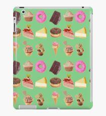 Retro cakes iPad Case/Skin