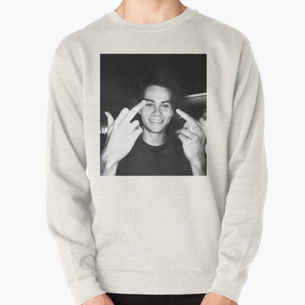 dylan obrien Pullover Sweatshirt