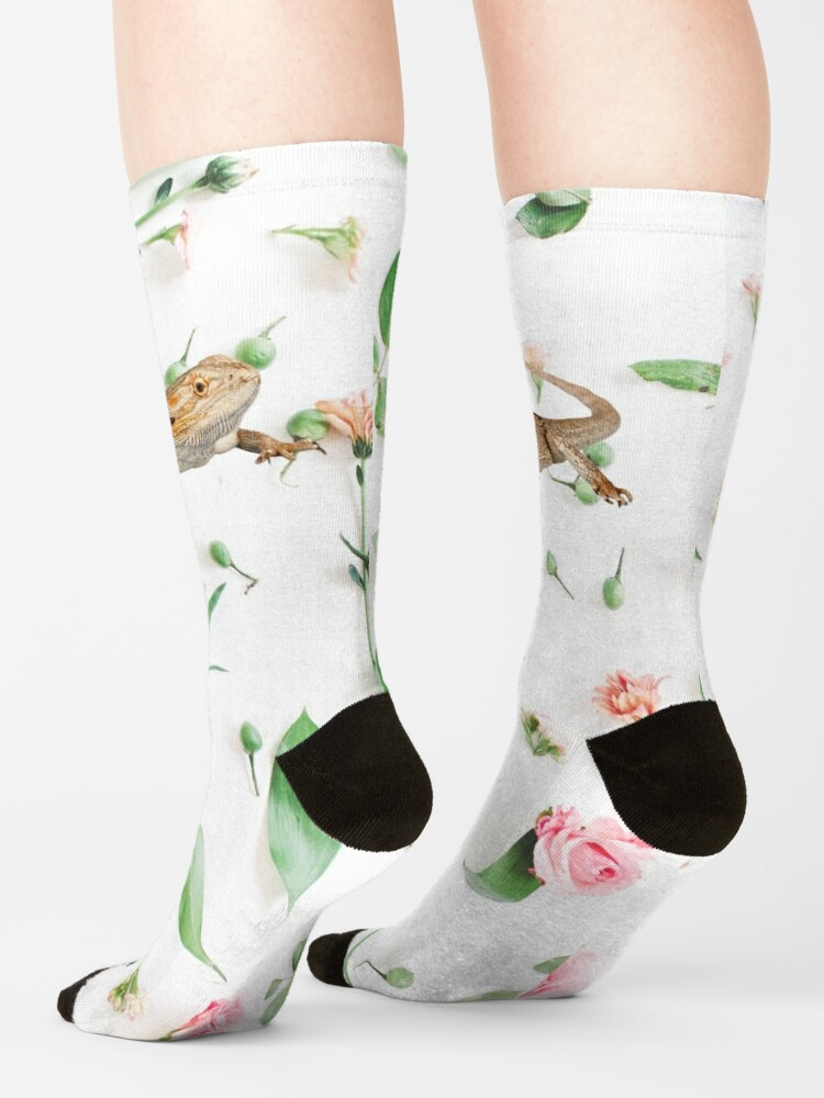 Alternate view of Bearded Dragon On A Carnation Background Socks