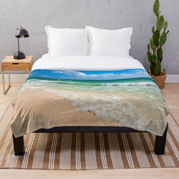 Beautiful Beach And Sea Throw Blanket