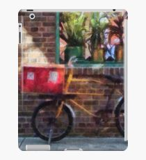 Delivery Bicycle Greenwich Village iPad Case/Skin