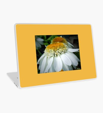 Just One Petal Out Of Place Daisy.... Laptop Skin