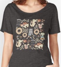 Animal Kingdom  Women's Relaxed Fit T-Shirt
