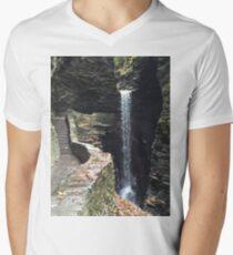 Watkins Glen State Park in New York , USA Men's V-Neck T-Shirt