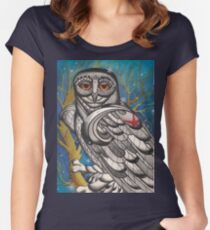 snowy owl with red star Women's Fitted Scoop T-Shirt