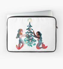 Christmas mermaids Laptop Sleeve