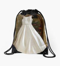Brides wedding dress Drawstring Bag