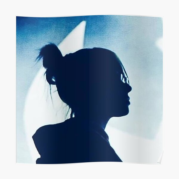 silhouette et lune bleue Poster