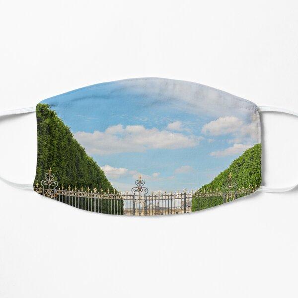 Garden Gate - Paris, France Flat Mask