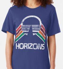 Vintage Horizons Distressed Logo in Vintage Retro Style Slim Fit T-Shirt