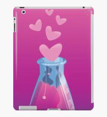 love chemistry cartoon love. iPad Case/Skin
