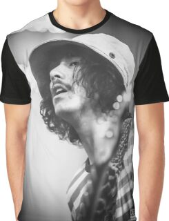 Sticky Fingers - Diz Graphic T-Shirt