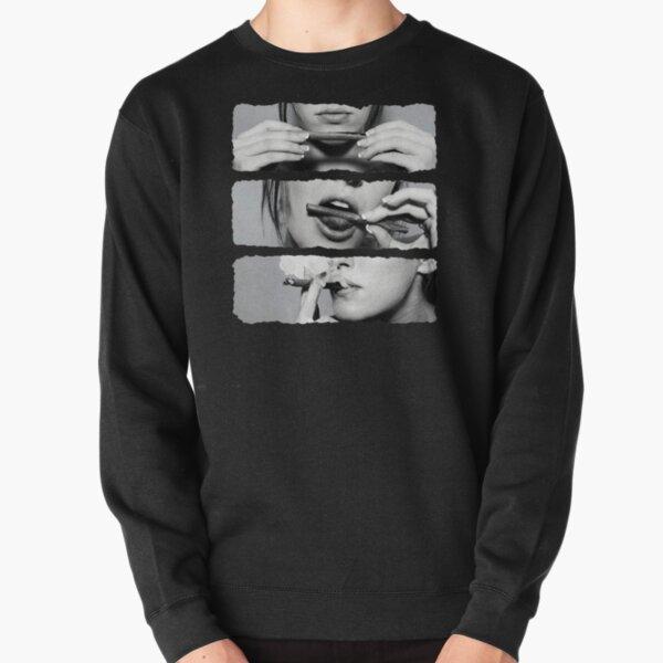 Girls love blunts Pullover Sweatshirt