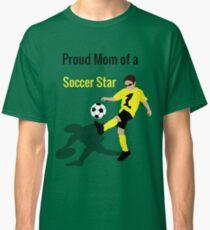 Fußballjunge (Mama) Classic T-Shirt