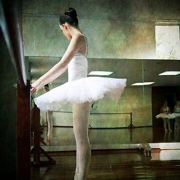 ballerina 2 by p-insolito