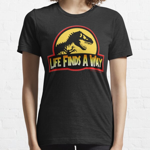 LIFE FINDS A WAY Essential T-Shirt