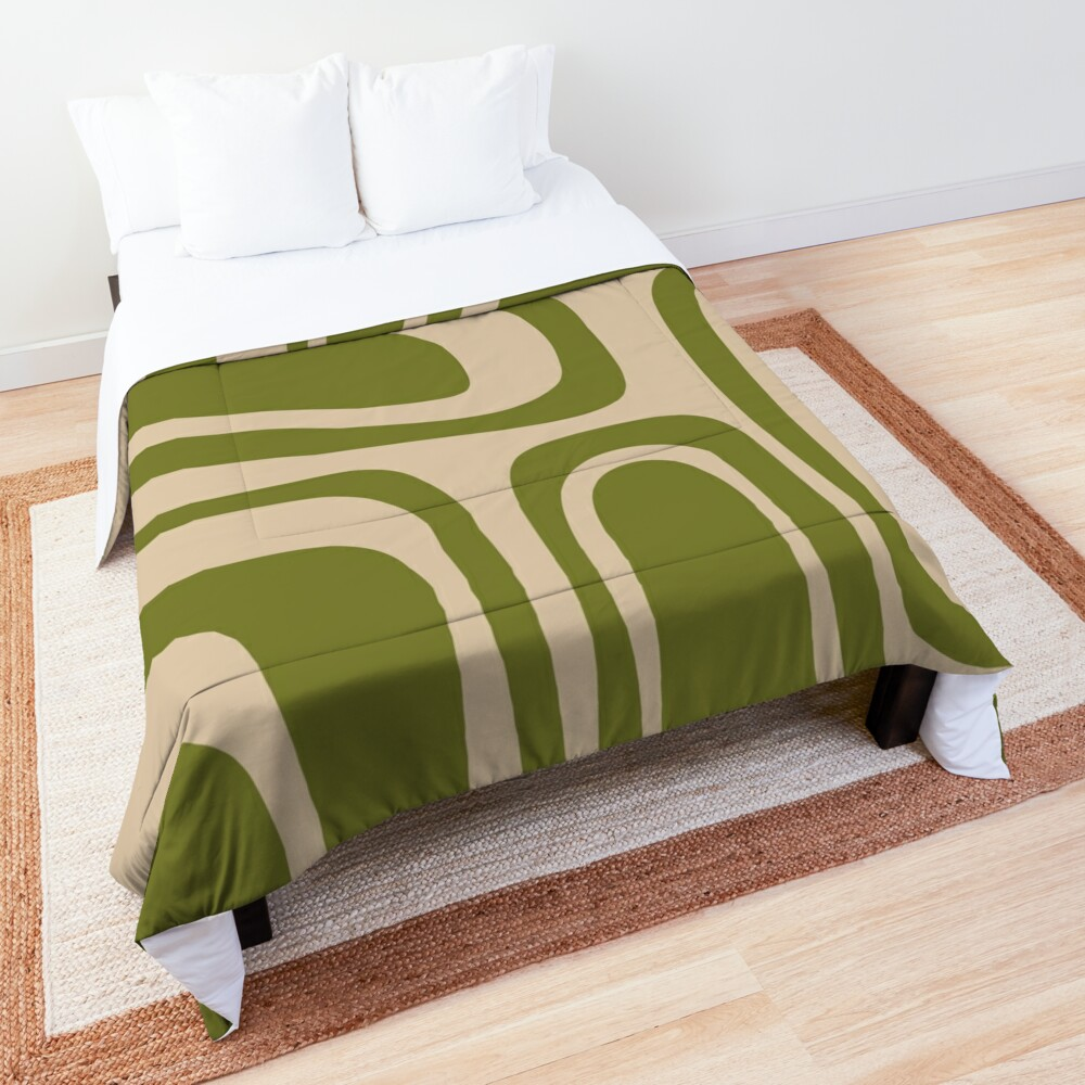 Palm Springs Retro Midcentury Modern Abstract Pattern in Mid Mod Beige and Olive Green Comforter