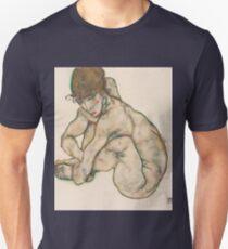 Egon Schiele - Crouching Nude Girl 1914  Egon Schiele  Woman Portrait T-Shirt