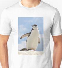 Chinstrap penguin keeps up appearances T-Shirt