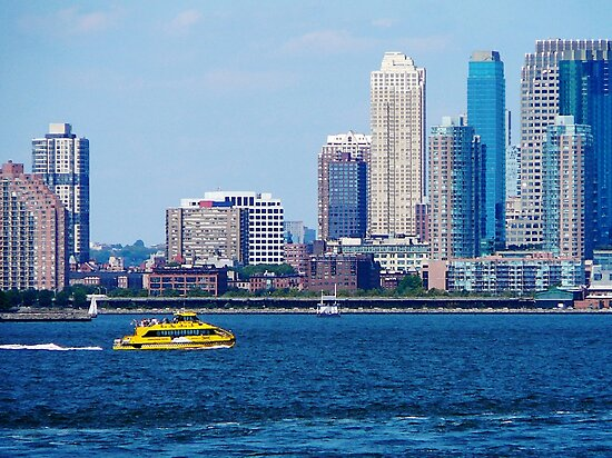New York Water Taxi by Susan Savad