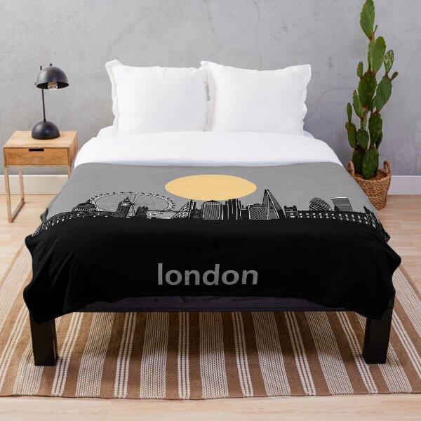 london skyline minimal Throw Blanket