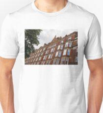 Admiring London's Victorian Architecture - Crawford Street, Marylebone T-Shirt