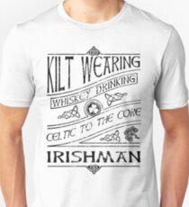 Kilt Wearing Irishman - black T-Shirt