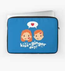 Kiss a Ginger! Laptop Sleeve