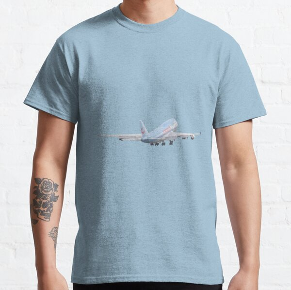 Boeing 747 take off Classic T-Shirt