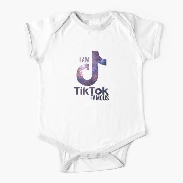 le tik tok célèbre violet Body manches courtes