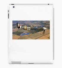 SPITFIRE, British, Airplane, Fighter, WWII, 1942, Spitfire VB of 222 Squadron iPad Case/Skin