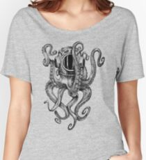 Octopus Scuba Diver Helmet Women's Relaxed Fit T-Shirt