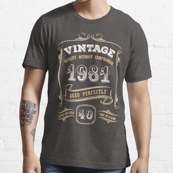40th Birthday Gift Gold Vintage 1981 Aged Perfectly Essential T-Shirt