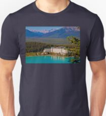 Canada. Lake Louise. Chateau Lake Louise. Unisex T-Shirt
