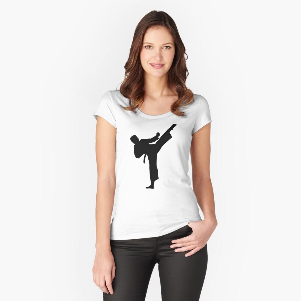 Kárate Camiseta entallada de cuello ancho