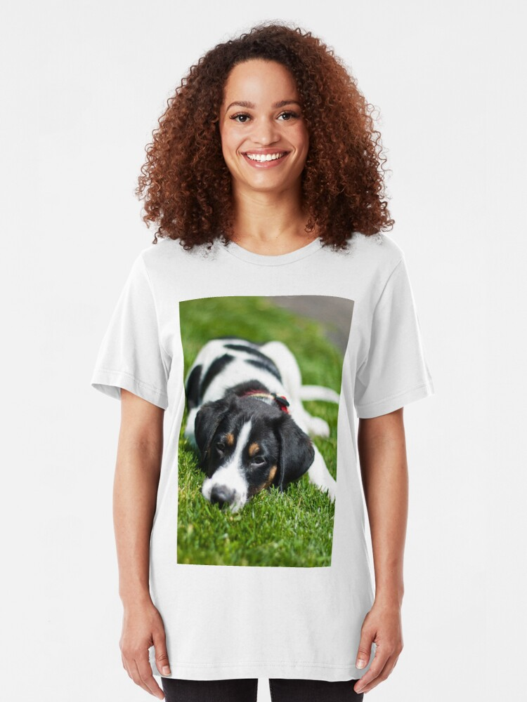 Alternate view of Puppy in the grass Slim Fit T-Shirt