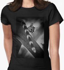 """""""Whats up down there?"""" (B&W) Women's Fitted T-Shirt"""