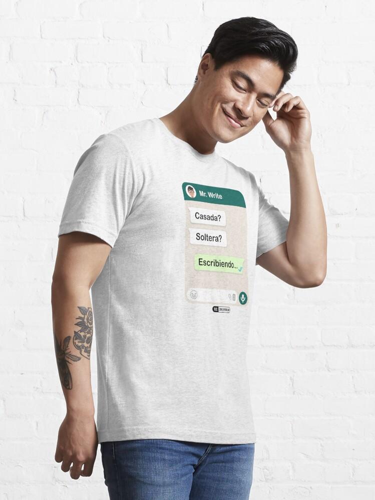 Vista alternativa de Camiseta esencial Casada? Soltera? Escribiendo... Para mujeres hetero